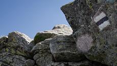 Wspinaczka po skalnym kominku.
