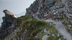 Droga ktorą wychodzimy na przełęcz.