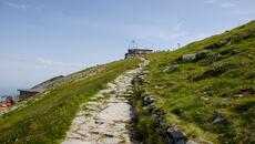 Widać już obserwatorium metrologiczne na Kasprowym Wierchu.
